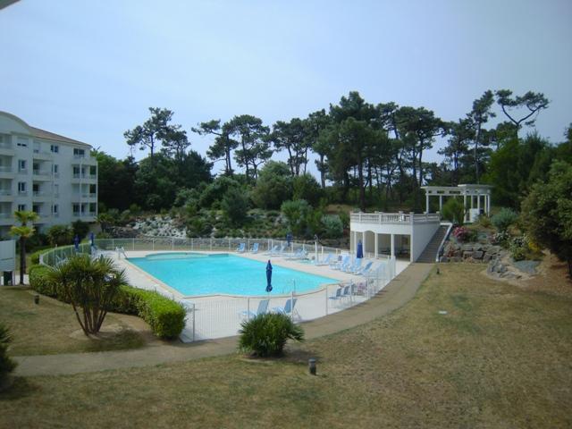Location vacances chateau d 39 olonne appartement dans - Residence mohammedia avec piscine ...
