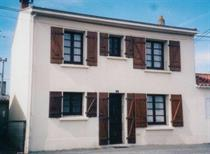 http://www.enova-vacances.com/photos/515/location/MAIS%20LT0430/4%20Blvd%20du%20Communal.jpg