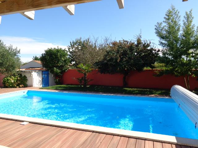Location vacances angles maison de vacances t2 avec piscine for Vacance en ardeche avec piscine
