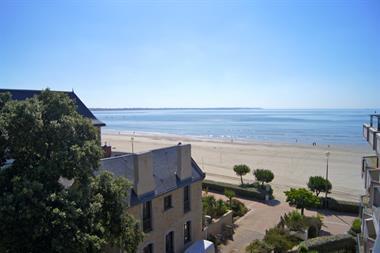 3 pièces en vue latérale mer avec accès direct plage Benoit, proche commerces, calme