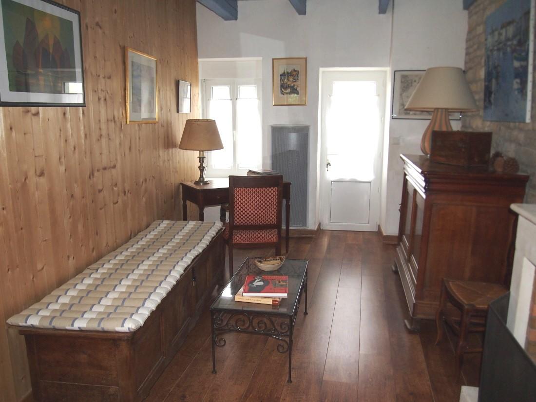 Location maison la flotte pour 6 personnes 17630 for Venelle salon