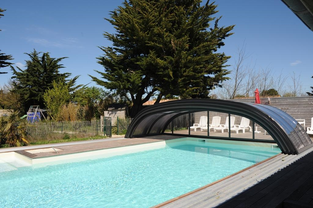 location villa saint martin de re pour 12 personnes 17410 saint martin de re villa avec piscine sur vaste terrain
