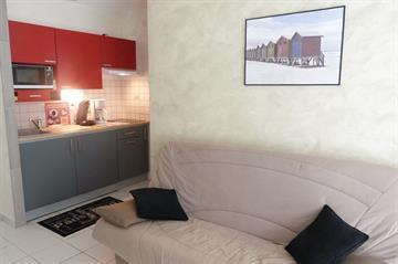 Joli appartement en centre ville, idéalement situé à 400m des plages et des commerces