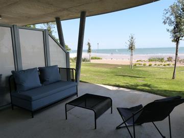 Front de mer plage centrale, neuf et tout confort dans résidence avec piscine, jacuzzi et accès direct à la plage
