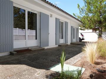 Agréable maison 8 personnes à 350m de la plage, Quartier Ste Anne à la Grière