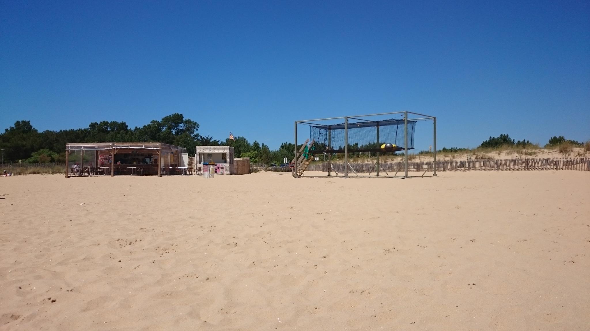 Location vacances la tranche sur mer maison de vacances t3 for Garage peugeot la tranche sur mer